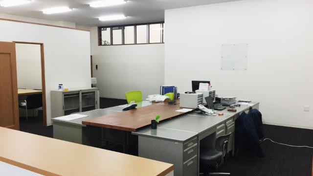 某事務所改装工事