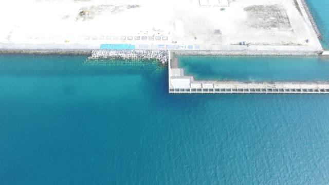 石垣港(新港地区)岸壁(-9.0m)(2)北側築造工事